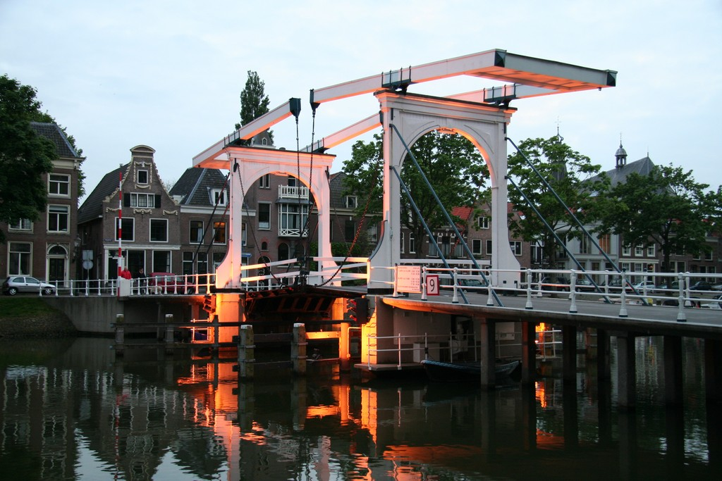 Drawbridge near Ossenmarkt - Spring 2009